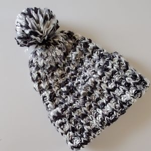 American Eagle pompom hat